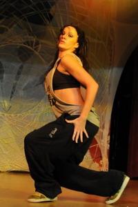 Клубный танец - это смесь самых модных и энергичных...
